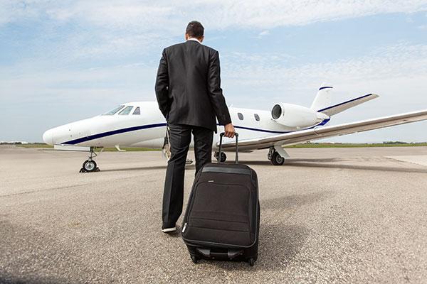 cw-privatejet-broker
